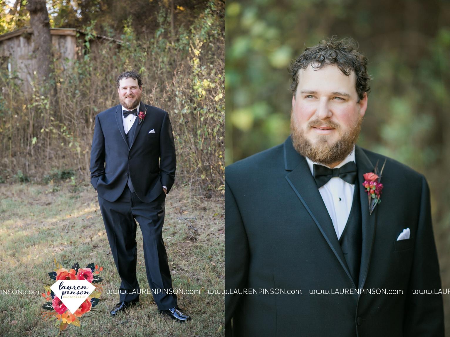 rustic-wichita-falls-texas-wedding-photographer-gold-glam-mayfield-events-market-street-united-allue-bridals-fall_1726.jpg