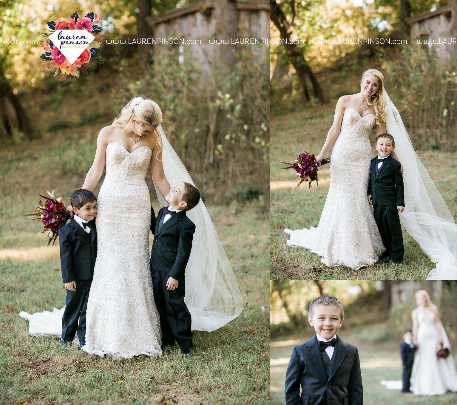 rustic-wichita-falls-texas-wedding-photographer-gold-glam-mayfield-events-market-street-united-allue-bridals-fall_1730.jpg