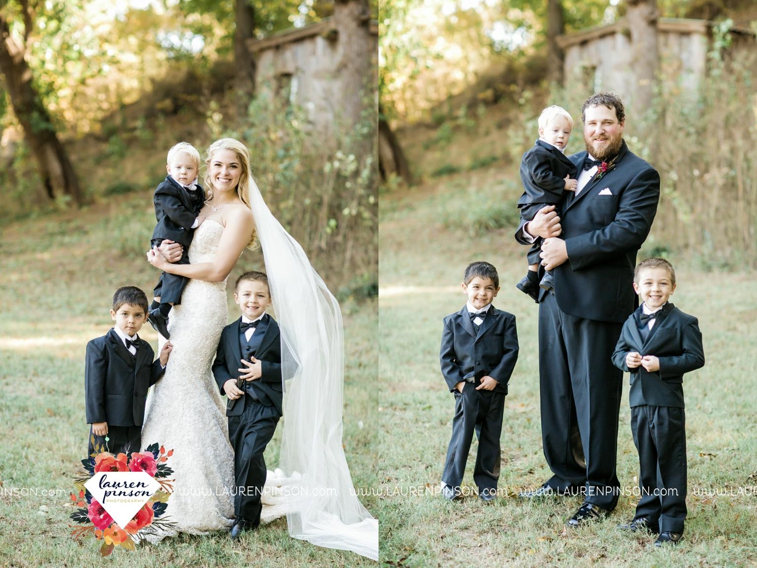 rustic-wichita-falls-texas-wedding-photographer-gold-glam-mayfield-events-market-street-united-allue-bridals-fall_1733.jpg