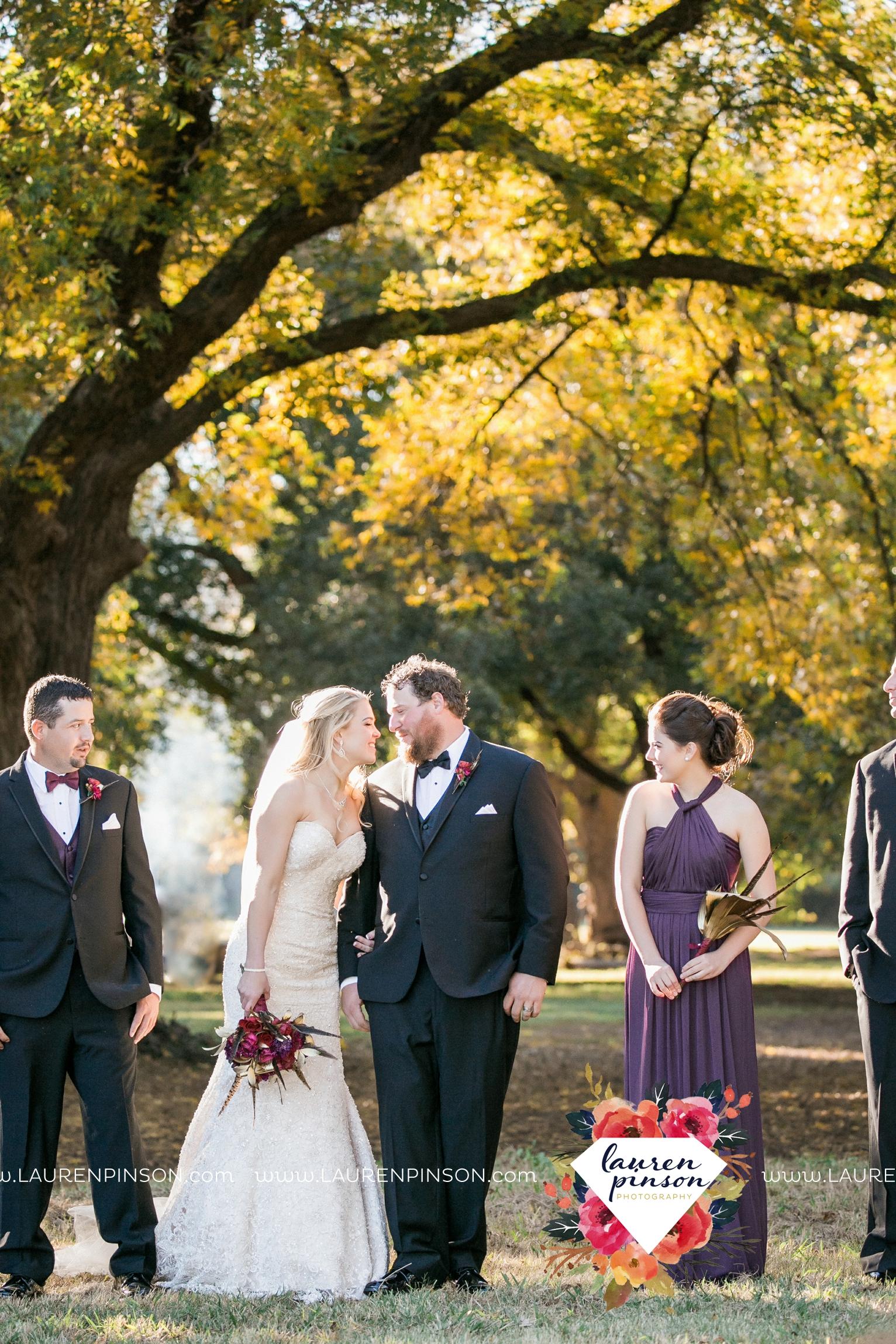rustic-wichita-falls-texas-wedding-photographer-gold-glam-mayfield-events-market-street-united-allue-bridals-fall_1752.jpg