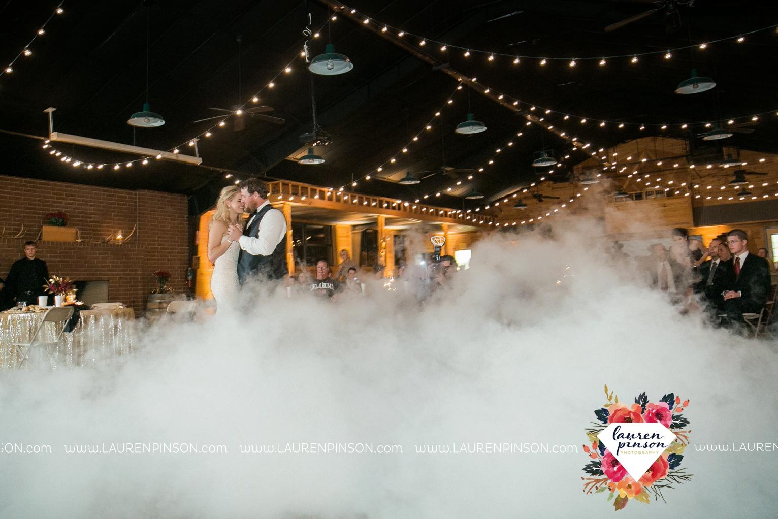 rustic-wichita-falls-texas-wedding-photographer-gold-glam-mayfield-events-market-street-united-allue-bridals-fall_1783.jpg
