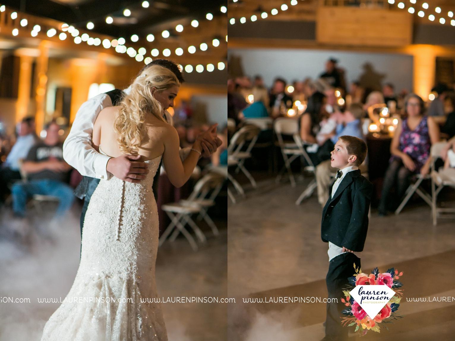 rustic-wichita-falls-texas-wedding-photographer-gold-glam-mayfield-events-market-street-united-allue-bridals-fall_1784.jpg