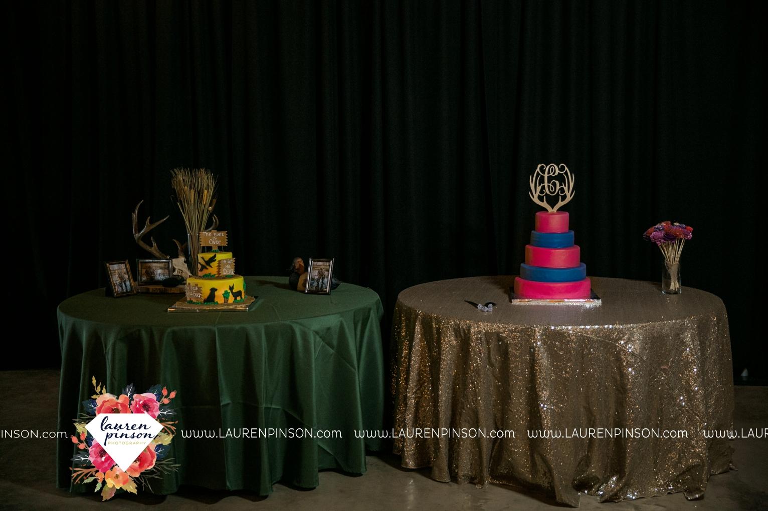 rustic-wichita-falls-texas-wedding-photographer-gold-glam-mayfield-events-market-street-united-allue-bridals-fall_1798.jpg