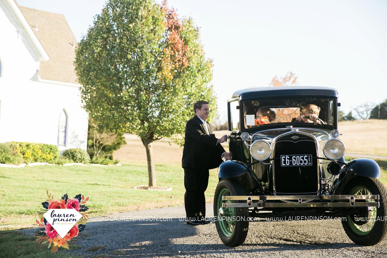 bells-texas-wedding-photography-at-willowood-ranch-chapel-north-texas-wichita-falls-wedding-photographer_1824.jpg
