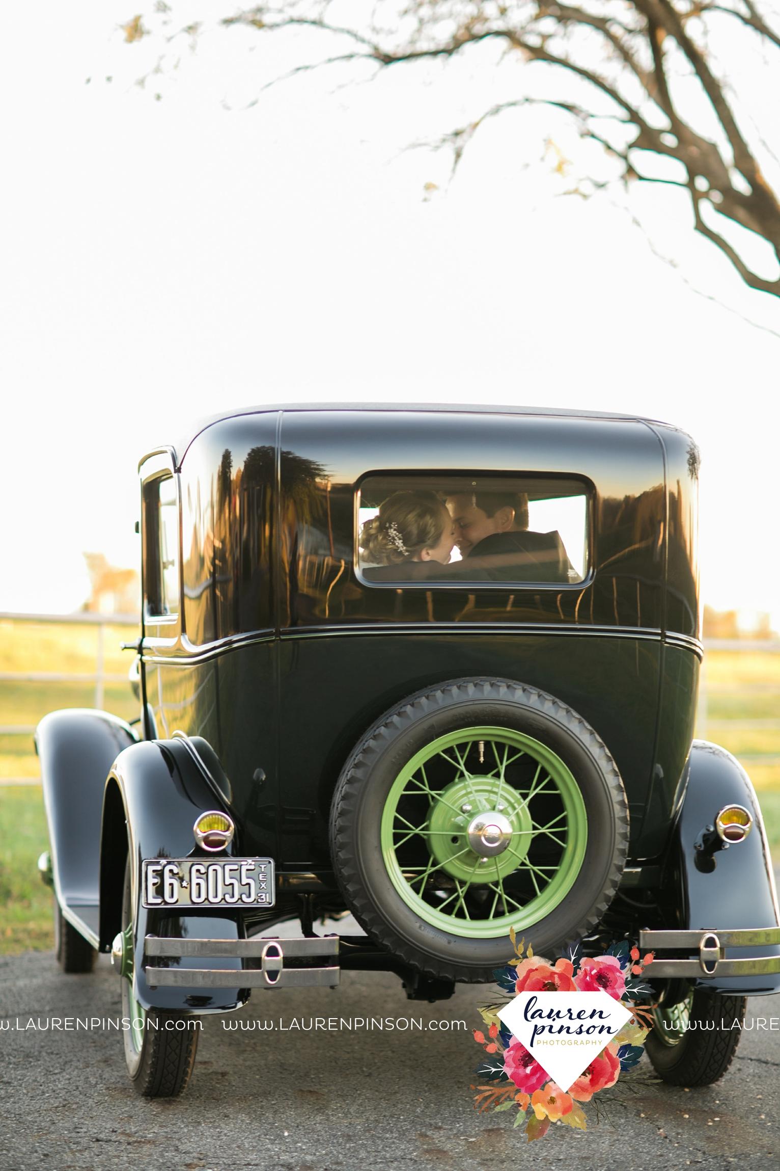 bells-texas-wedding-photography-at-willowood-ranch-chapel-north-texas-wichita-falls-wedding-photographer_1848.jpg