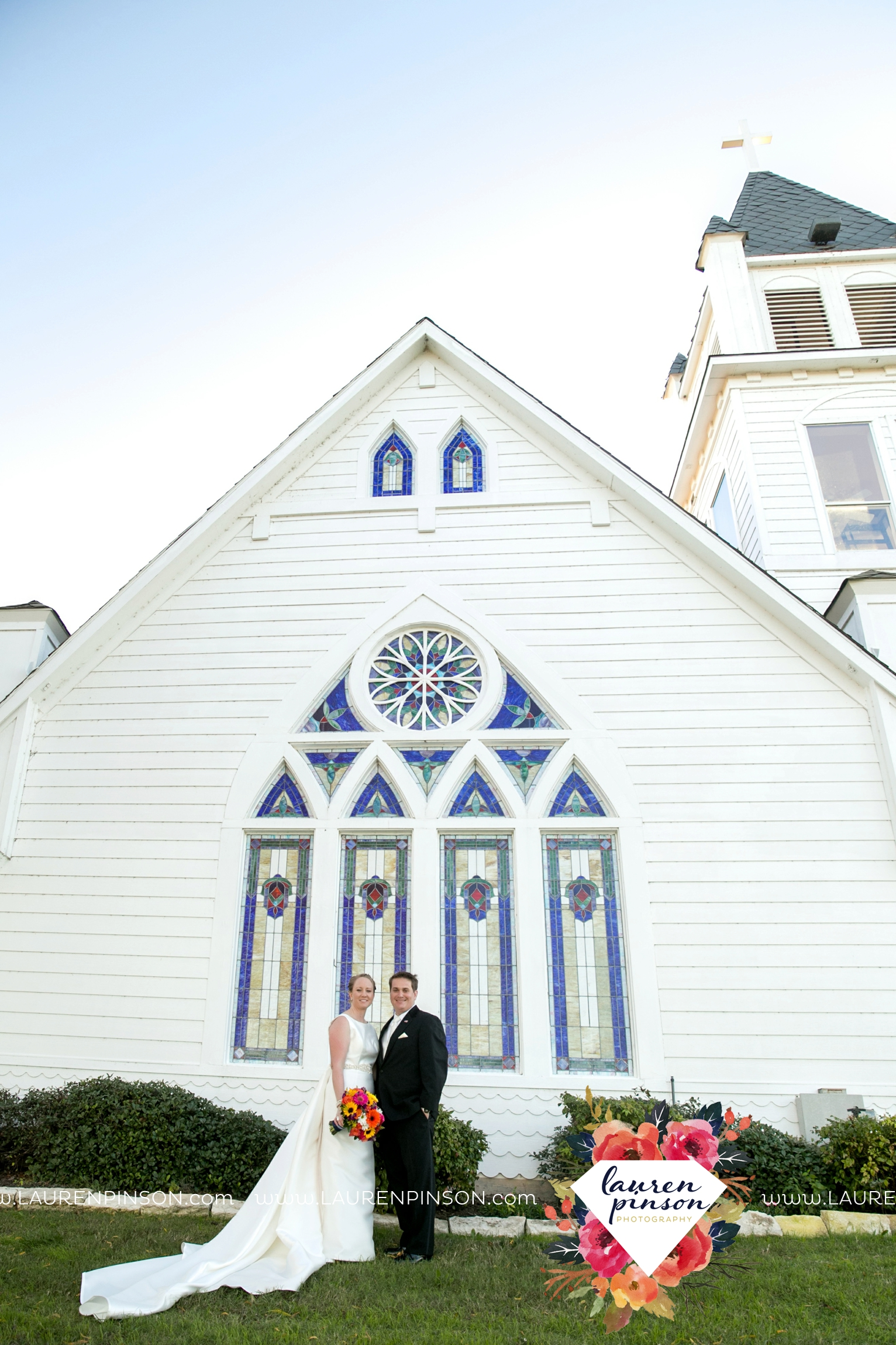 bells-texas-wedding-photography-at-willowood-ranch-chapel-north-texas-wichita-falls-wedding-photographer_1845.jpg