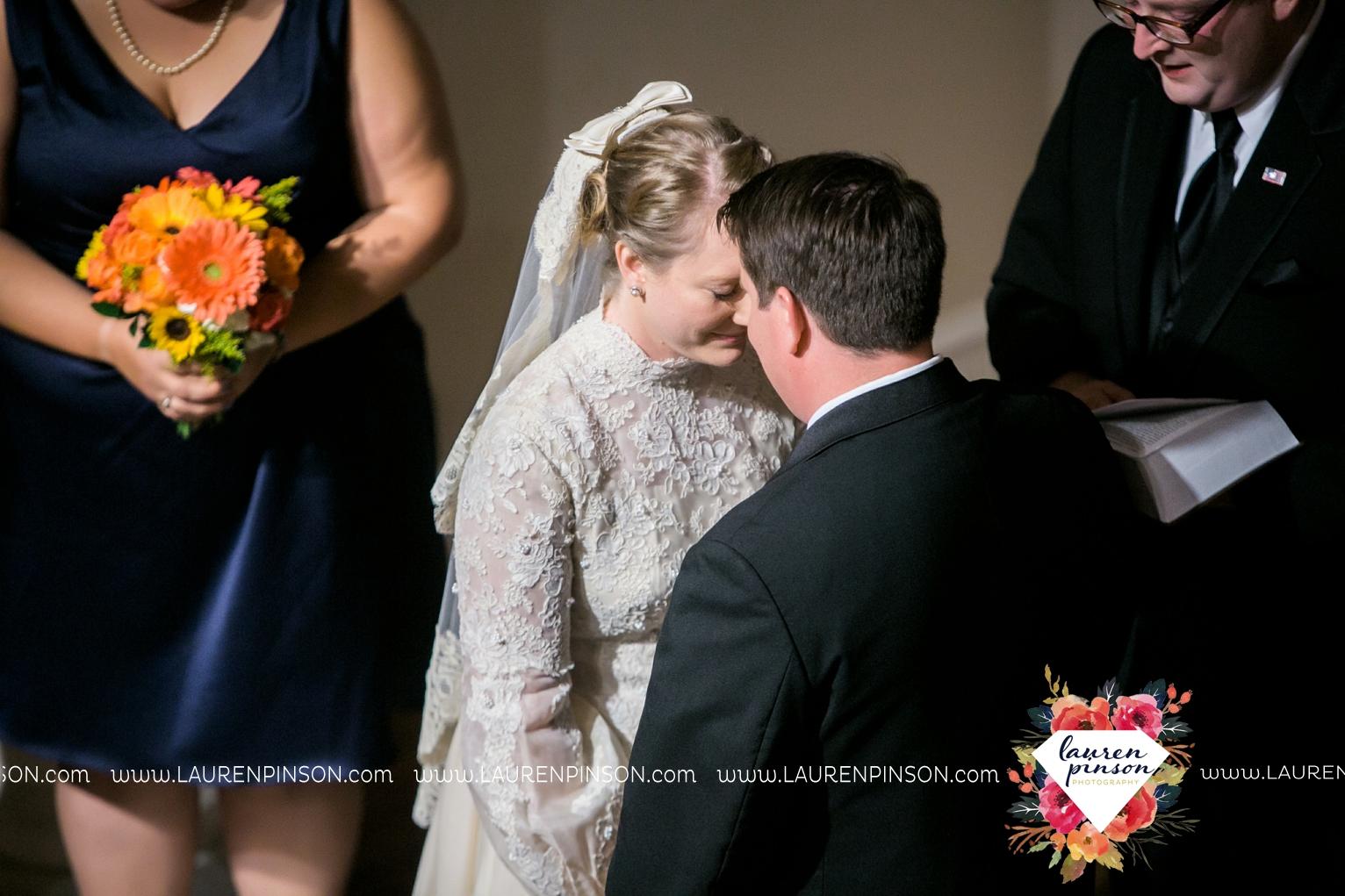 bells-texas-wedding-photography-at-willowood-ranch-chapel-north-texas-wichita-falls-wedding-photographer_1874.jpg