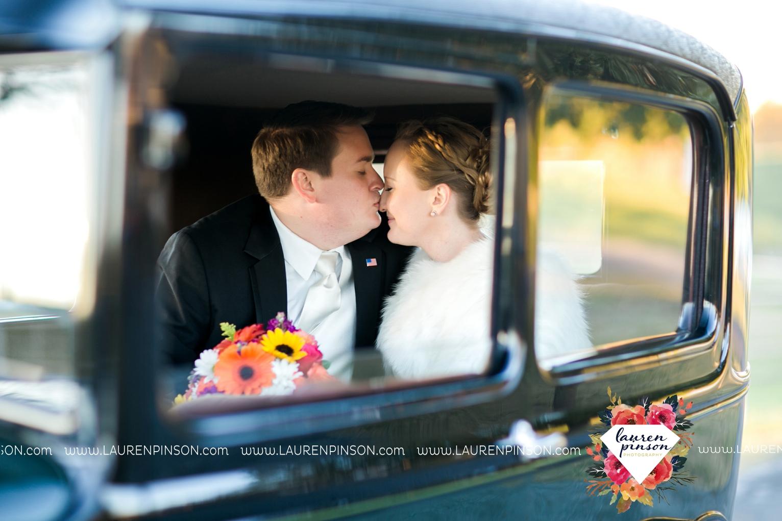 bells-texas-wedding-photography-at-willowood-ranch-chapel-north-texas-wichita-falls-wedding-photographer_1859.jpg
