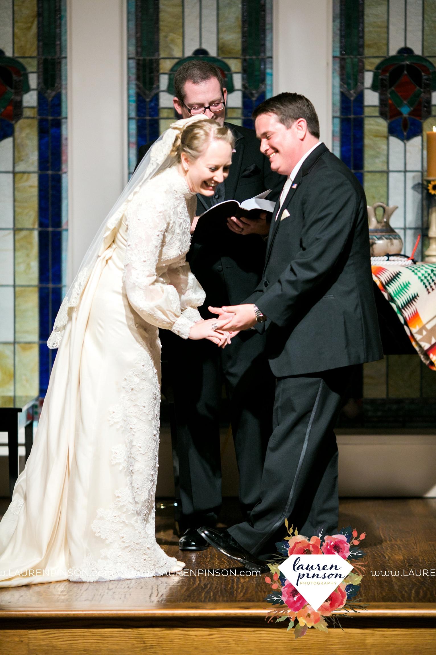 bells-texas-wedding-photography-at-willowood-ranch-chapel-north-texas-wichita-falls-wedding-photographer_1876.jpg