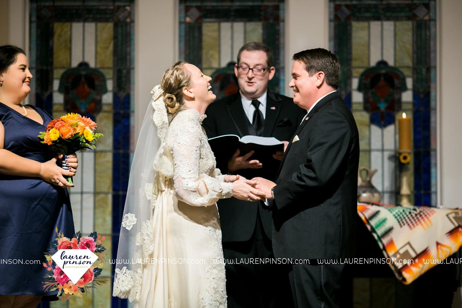 bells-texas-wedding-photography-at-willowood-ranch-chapel-north-texas-wichita-falls-wedding-photographer_1872.jpg