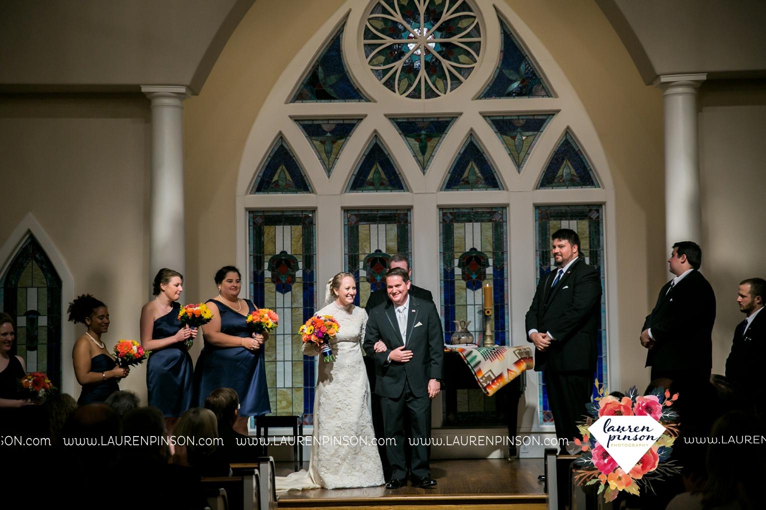 bells-texas-wedding-photography-at-willowood-ranch-chapel-north-texas-wichita-falls-wedding-photographer_1877.jpg