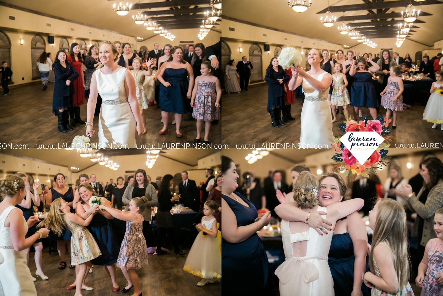 bells-texas-wedding-photography-at-willowood-ranch-chapel-north-texas-wichita-falls-wedding-photographer_1901.jpg