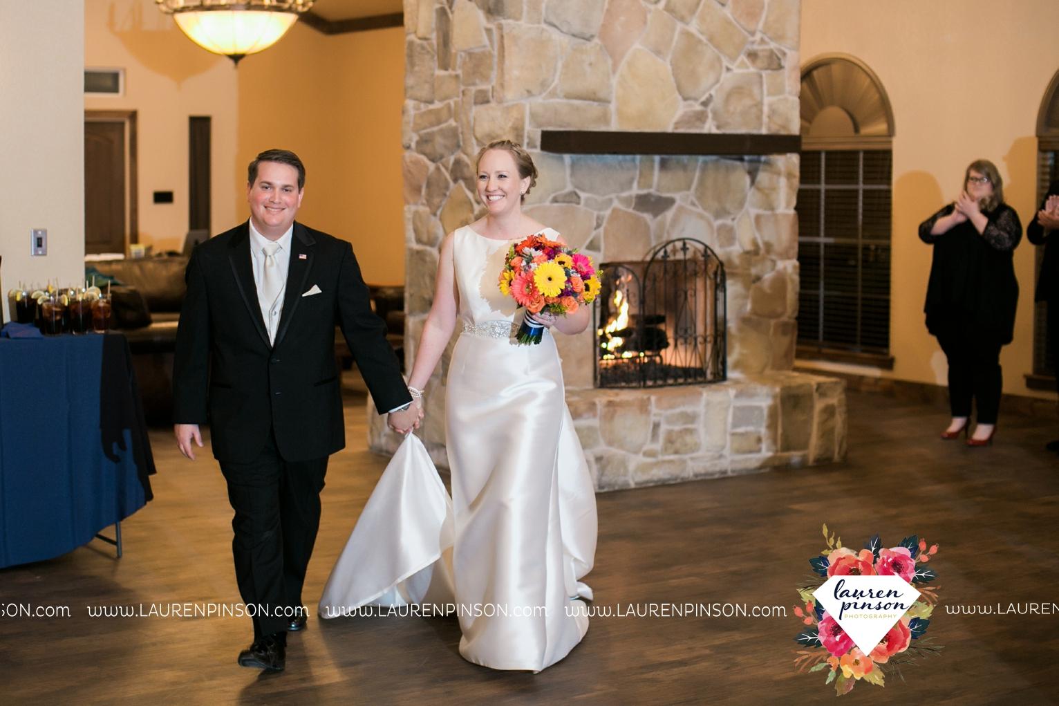 bells-texas-wedding-photography-at-willowood-ranch-chapel-north-texas-wichita-falls-wedding-photographer_1893.jpg