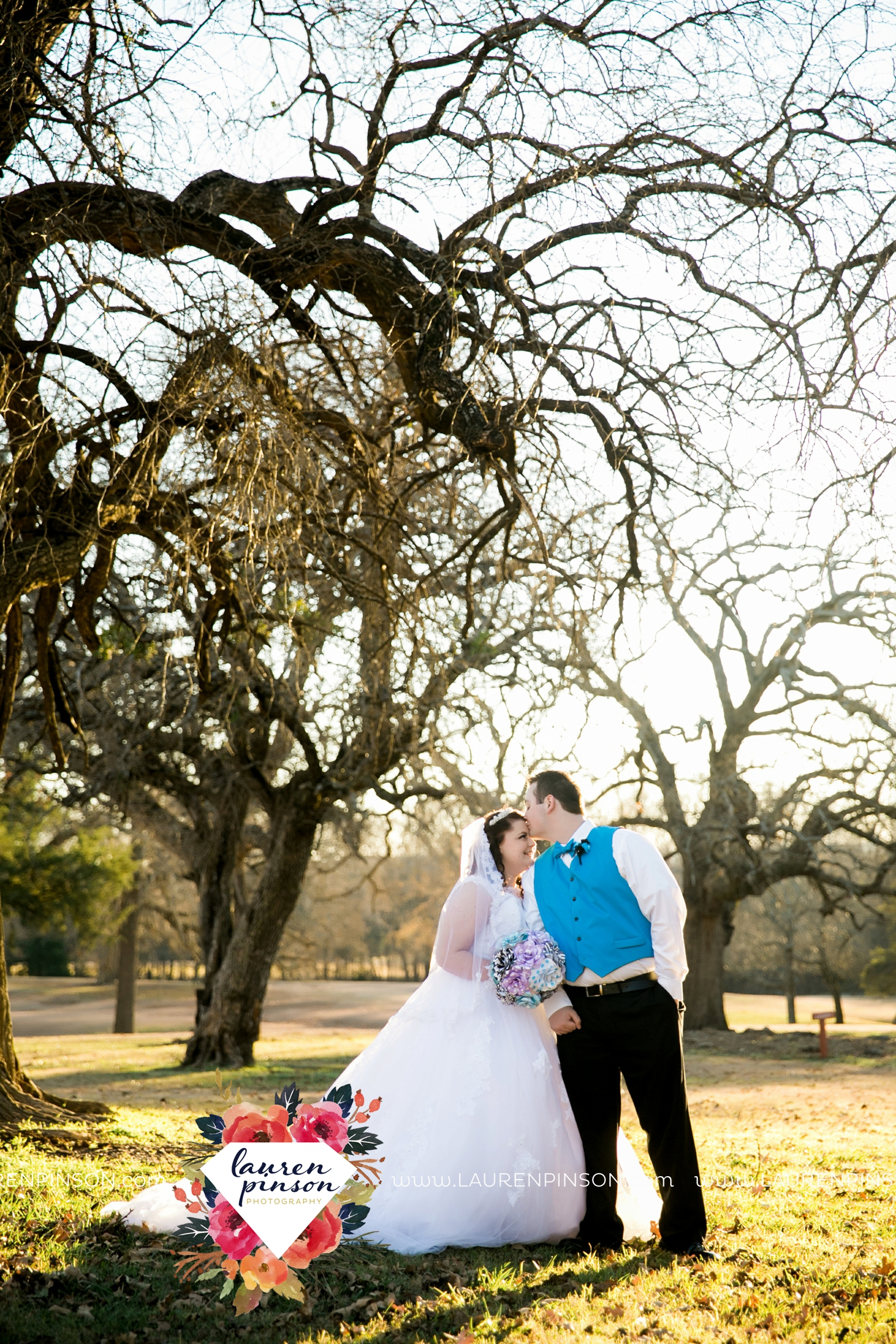 durant-oklahoma-methodist-church-fort-washita-wedding-photographer-00009.jpg