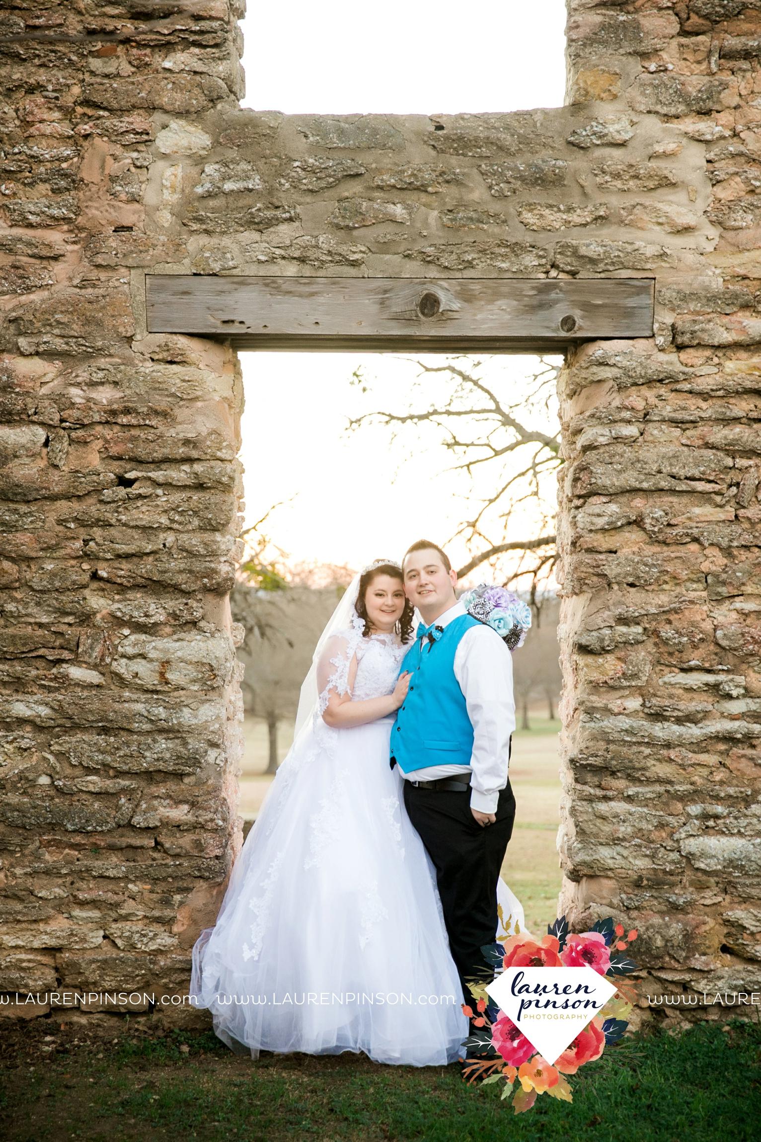 durant-oklahoma-methodist-church-fort-washita-wedding-photographer-00028.jpg