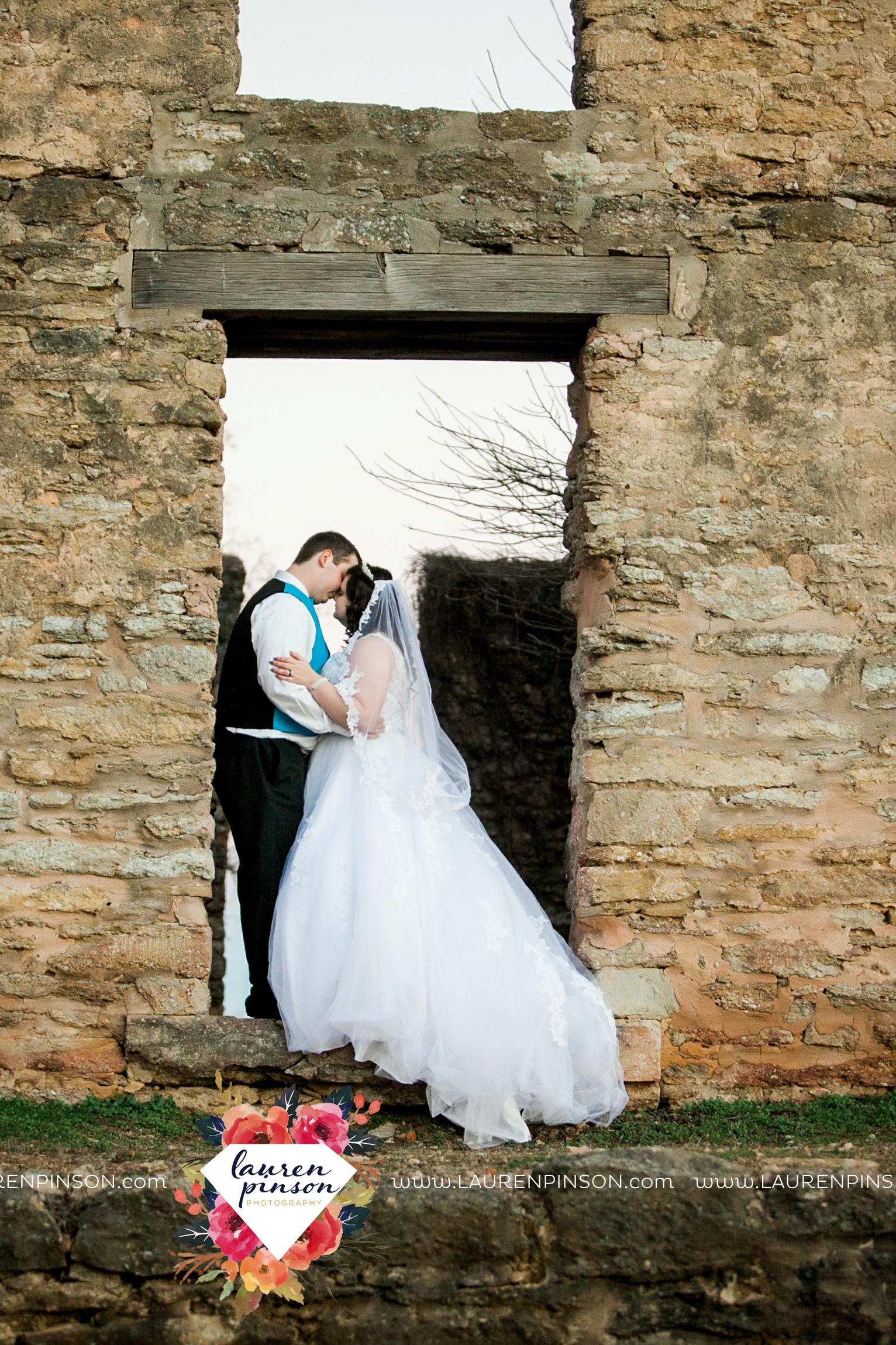 durant-oklahoma-methodist-church-fort-washita-wedding-photographer-00033.jpg