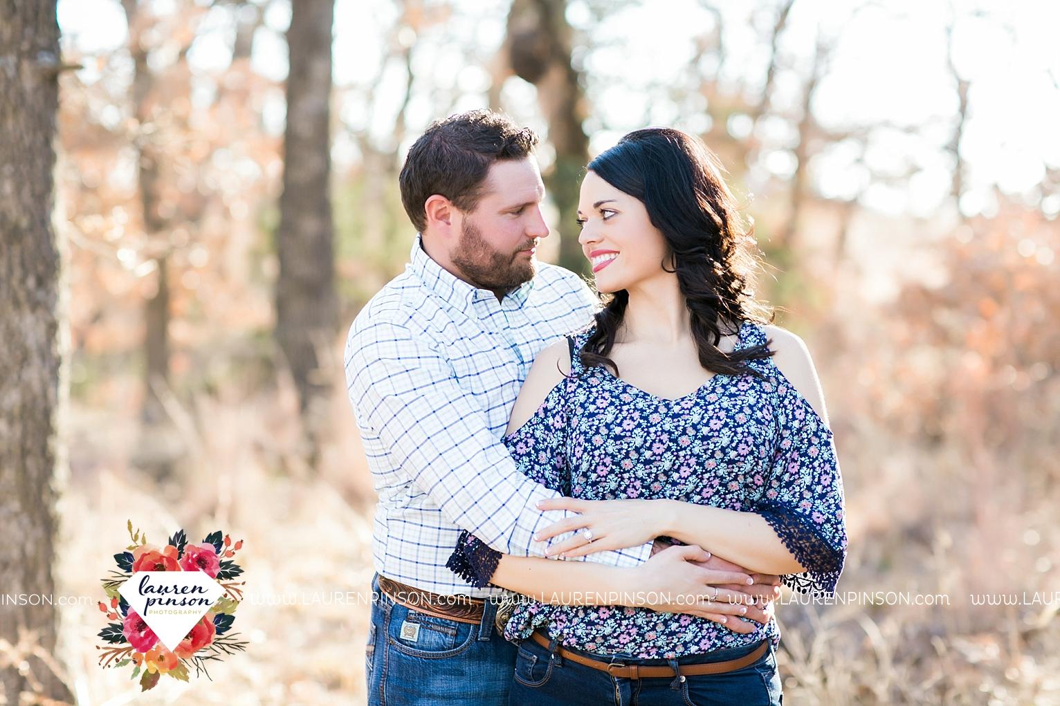 wichita-falls-texas-engagement-photographer-wedding-oklahoma-lawton-wichita-mountains-refuge-outdoors-mountains-engaged_2045.jpg