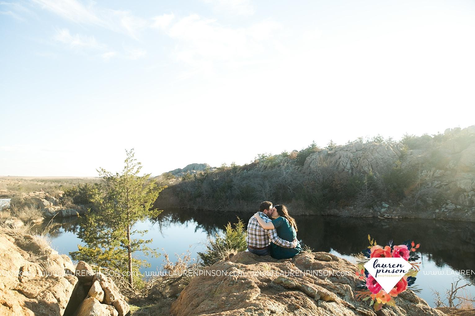 wichita-falls-texas-engagement-photographer-wedding-oklahoma-lawton-wichita-mountains-refuge-outdoors-mountains-engaged_2051.jpg