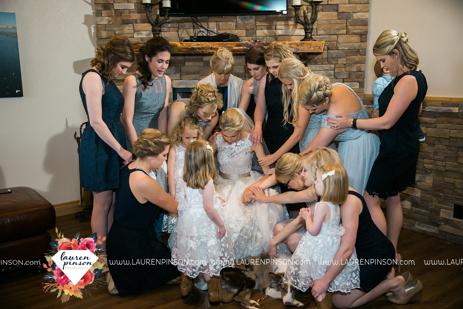 wichita-falls-texas-wedding-photographer-bowie-nocona-henrietta-country-barn-wedding_2200.jpg