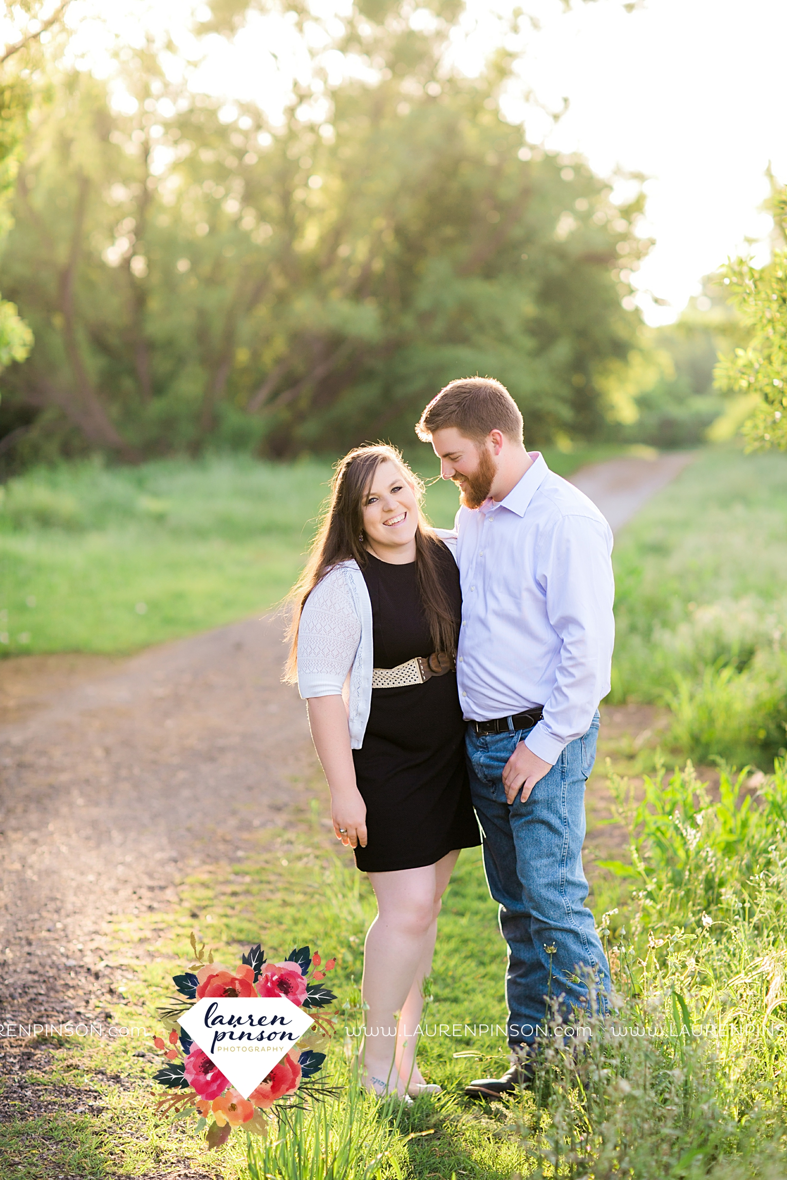met-on-christian-mingle-texas-engagement-sesion-in-wichita-falls-00004.jpg