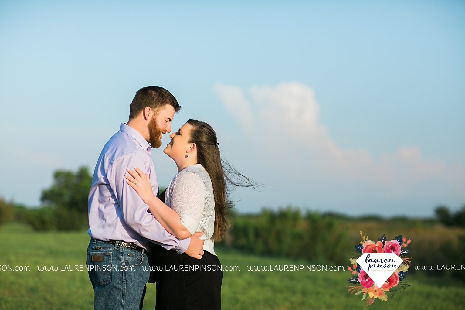 met-on-christian-mingle-texas-engagement-sesion-in-wichita-falls-00009.jpg