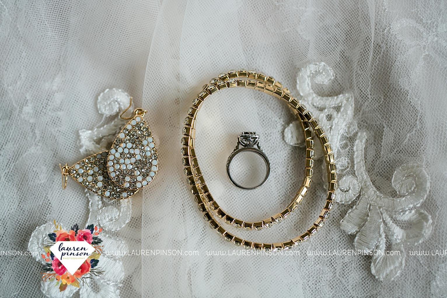 wichita-falls-wedding-nocona-comanche-rose-ranch-rustic-pink-gray-photography-00102.jpg