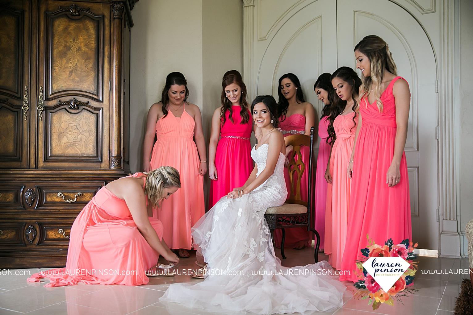 wichita-falls-wedding-nocona-comanche-rose-ranch-rustic-pink-gray-photography-00108.jpg