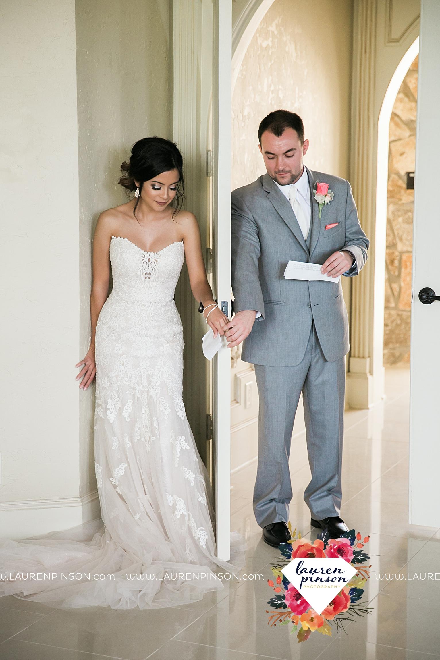 wichita-falls-wedding-nocona-comanche-rose-ranch-rustic-pink-gray-photography-00111.jpg