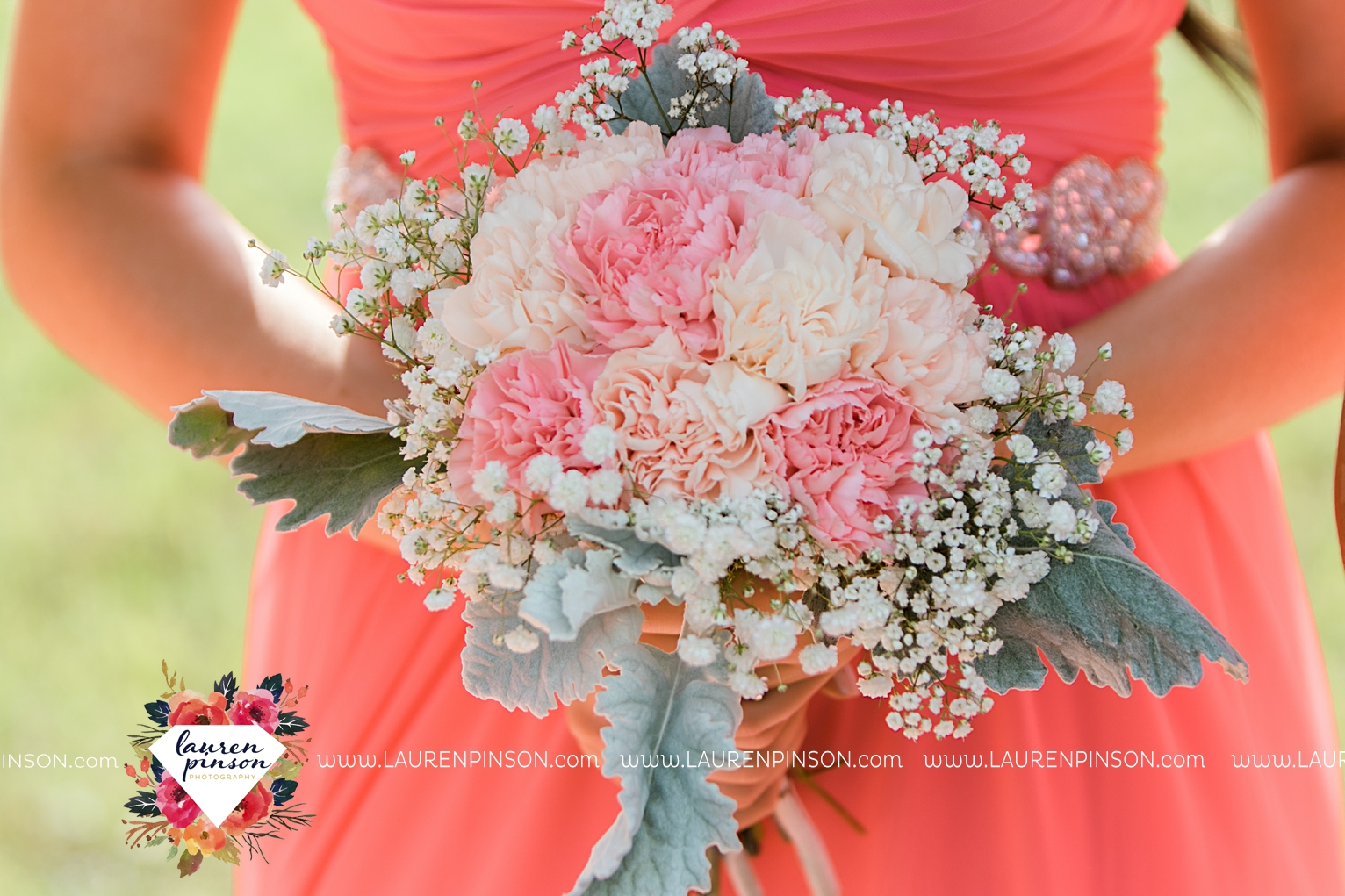 wichita-falls-wedding-nocona-comanche-rose-ranch-rustic-pink-gray-photography-00121.jpg