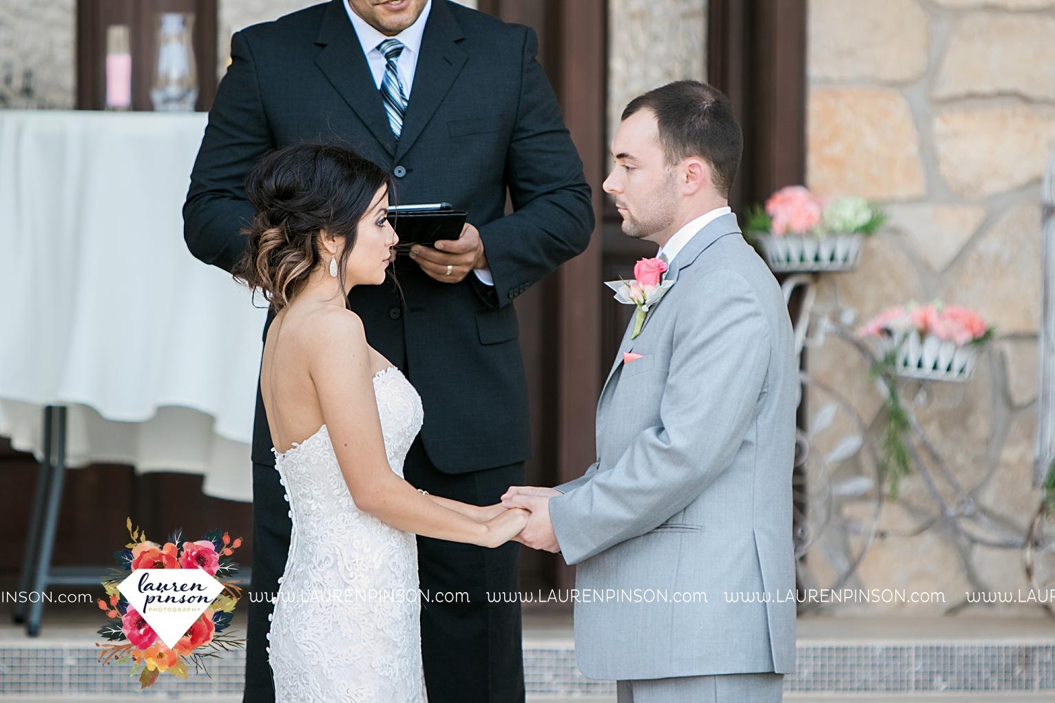 wichita-falls-wedding-nocona-comanche-rose-ranch-rustic-pink-gray-photography-00138.jpg