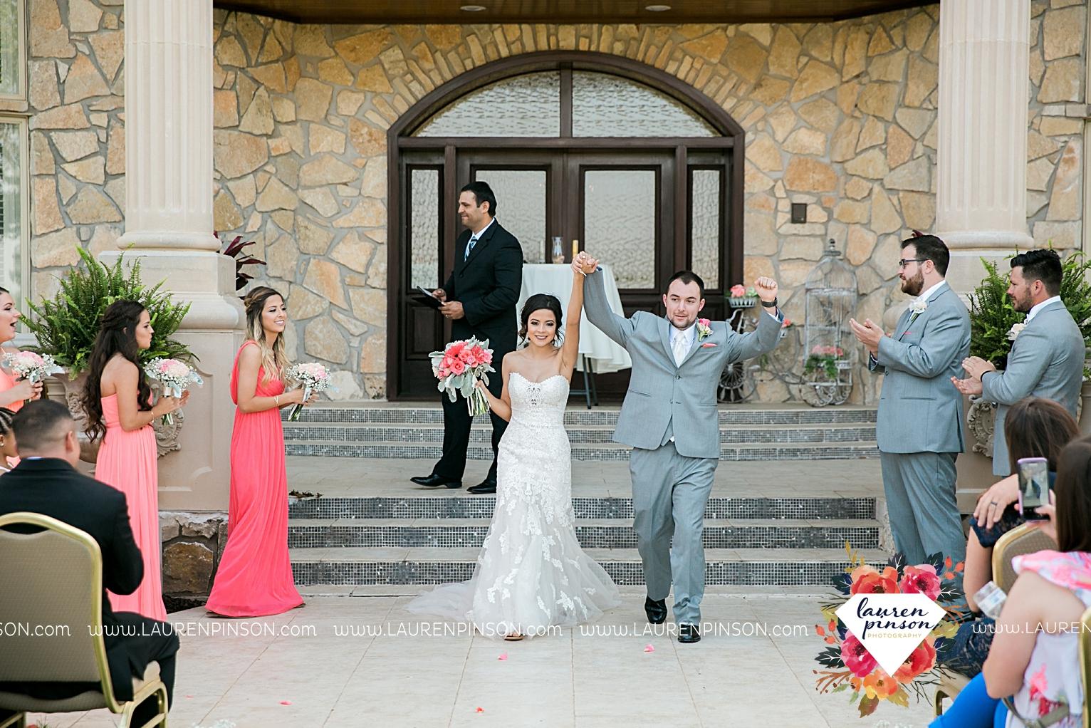 wichita-falls-wedding-nocona-comanche-rose-ranch-rustic-pink-gray-photography-00141.jpg