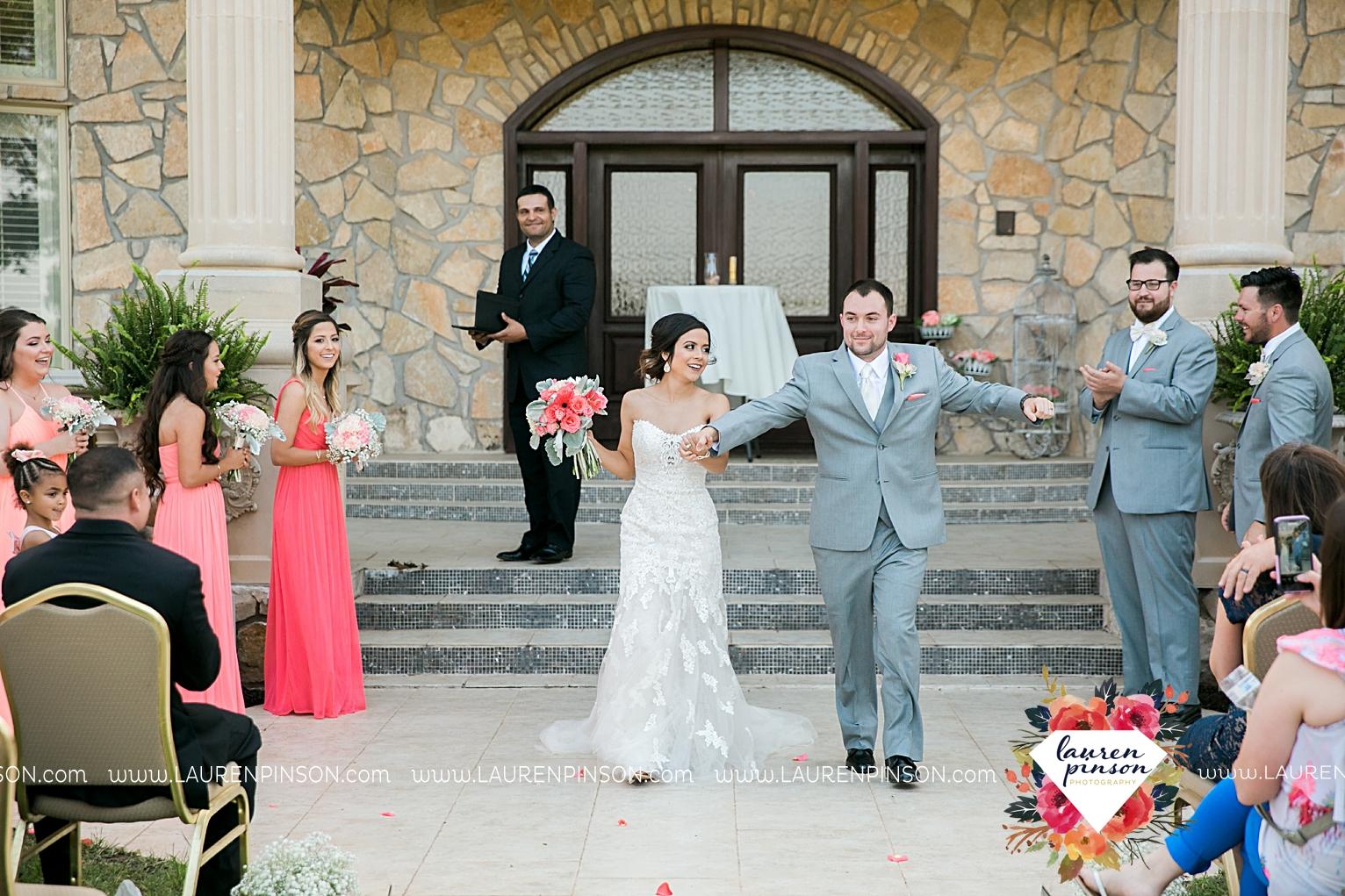wichita-falls-wedding-nocona-comanche-rose-ranch-rustic-pink-gray-photography-00142.jpg