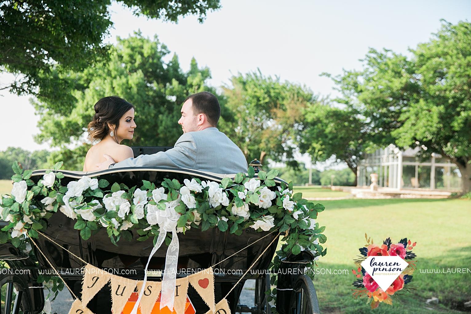 wichita-falls-wedding-nocona-comanche-rose-ranch-rustic-pink-gray-photography-00144.jpg
