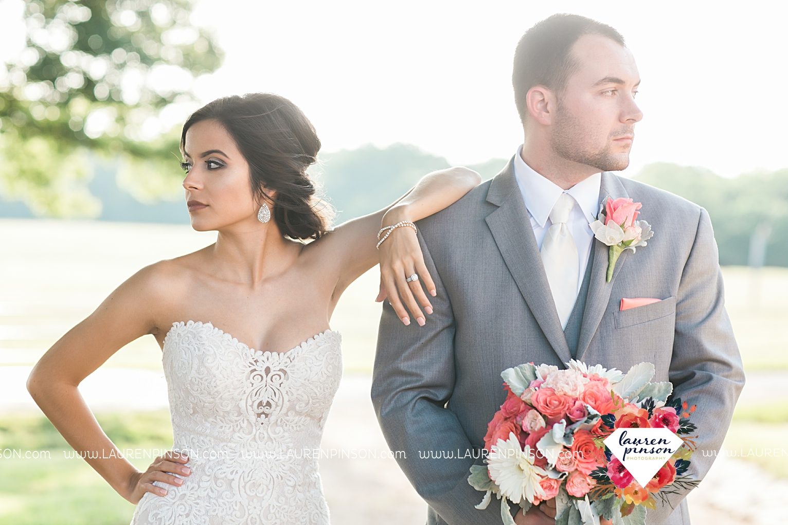wichita-falls-wedding-nocona-comanche-rose-ranch-rustic-pink-gray-photography-00164.jpg