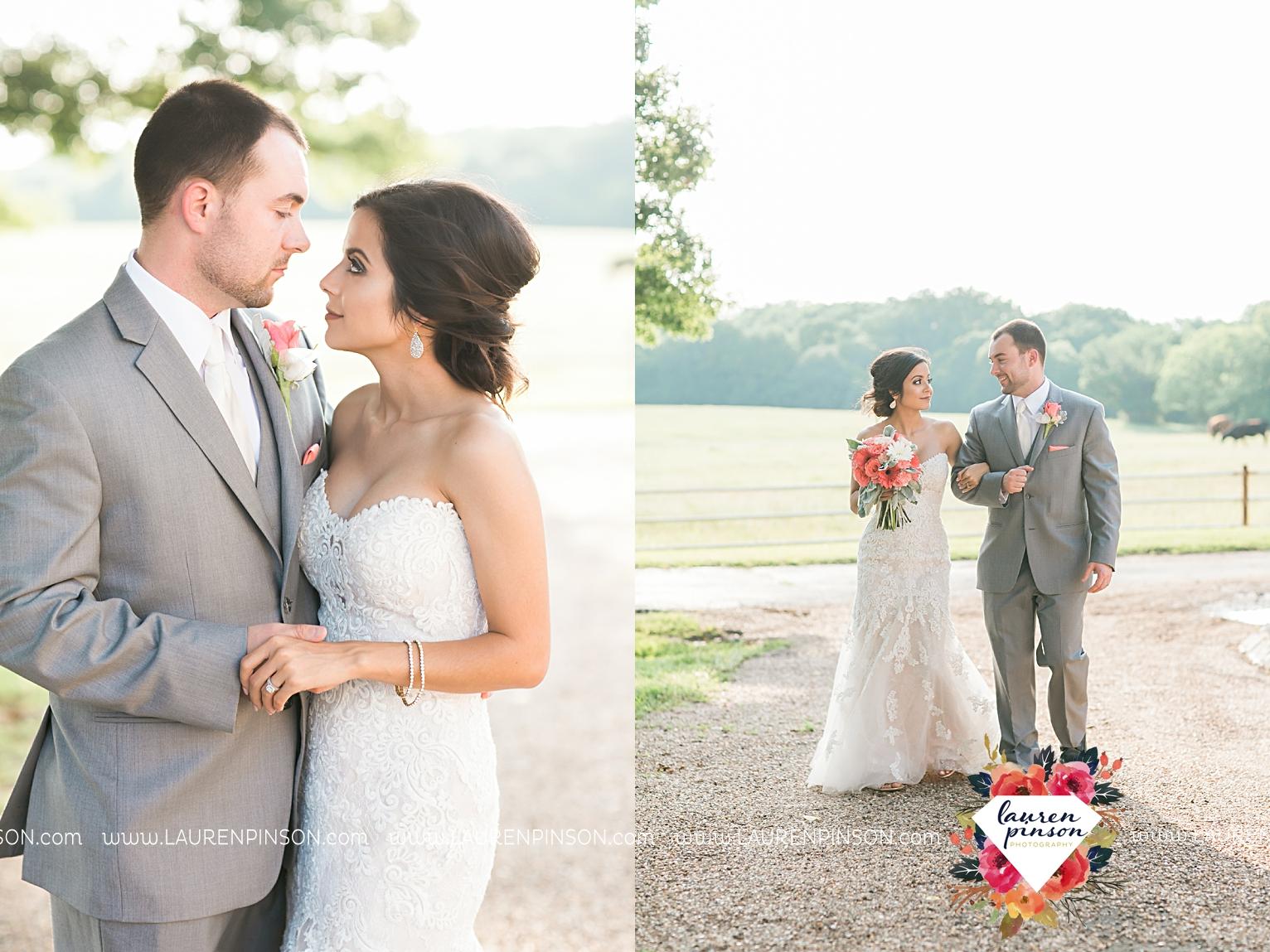wichita-falls-wedding-nocona-comanche-rose-ranch-rustic-pink-gray-photography-00165.jpg
