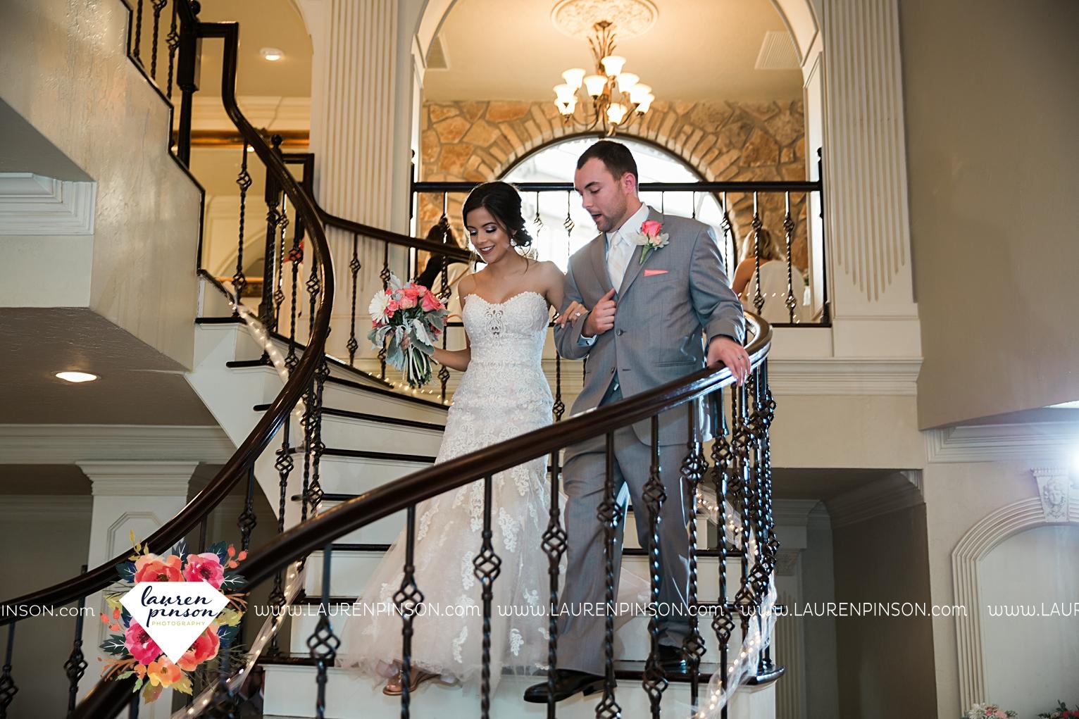 wichita-falls-wedding-nocona-comanche-rose-ranch-rustic-pink-gray-photography-00173.jpg