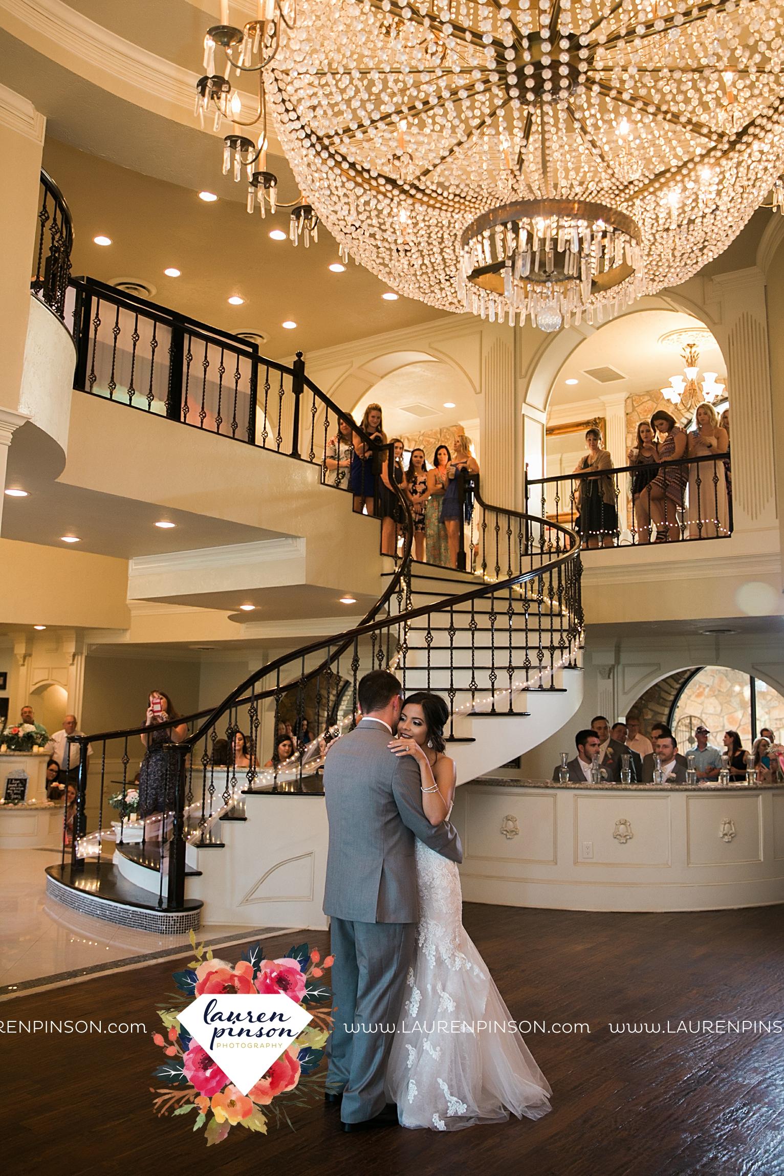 wichita-falls-wedding-nocona-comanche-rose-ranch-rustic-pink-gray-photography-00174.jpg
