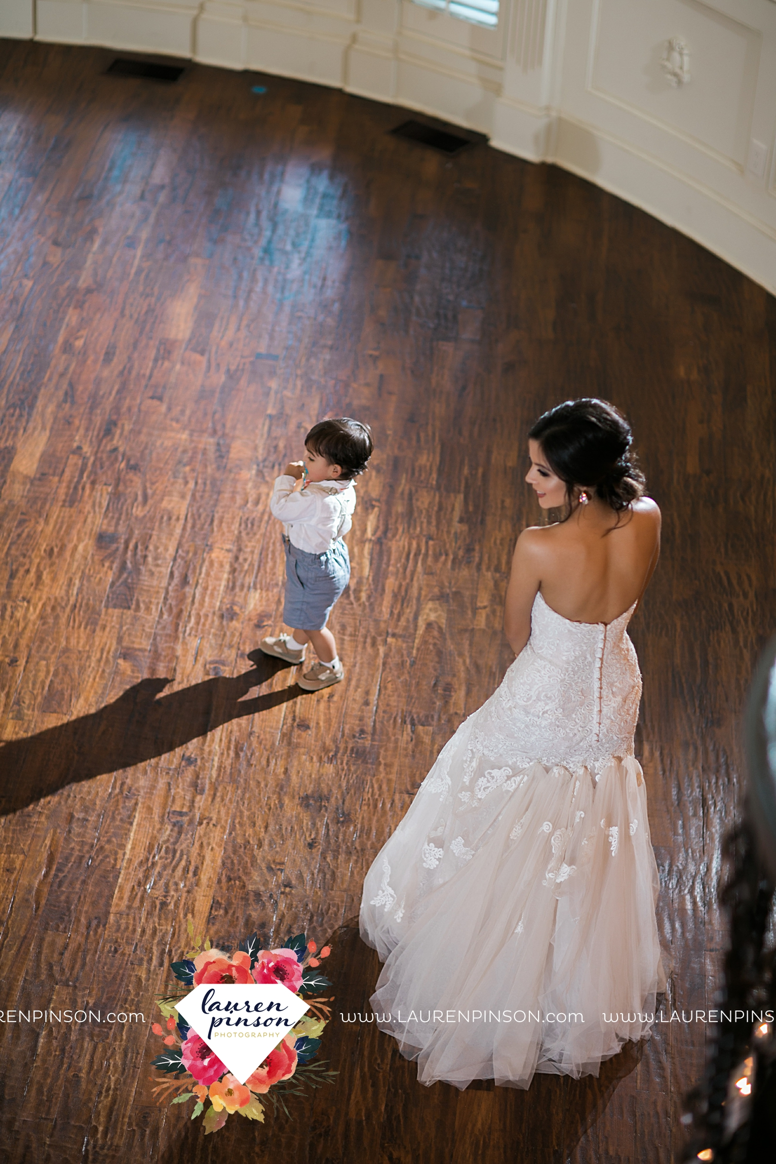 wichita-falls-wedding-nocona-comanche-rose-ranch-rustic-pink-gray-photography-00180.jpg