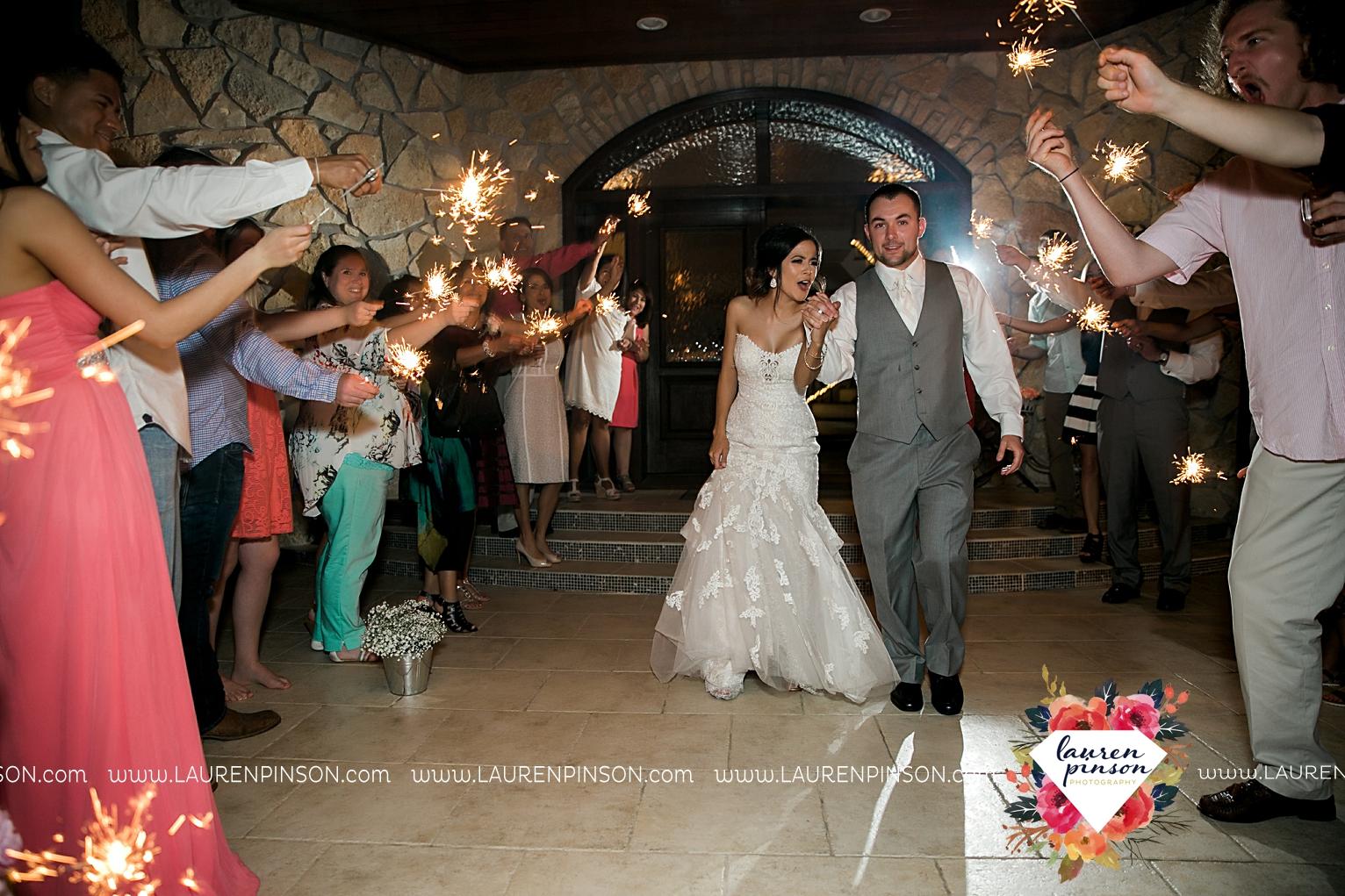 wichita-falls-wedding-nocona-comanche-rose-ranch-rustic-pink-gray-photography-00190.jpg