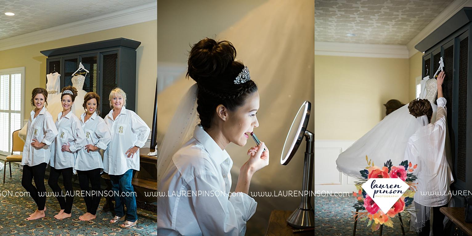 wichita-falls-texas-wedding-photographer-the-forum-by-the-kemp-mayfield-events-ulta-gold-glitter_2809.jpg