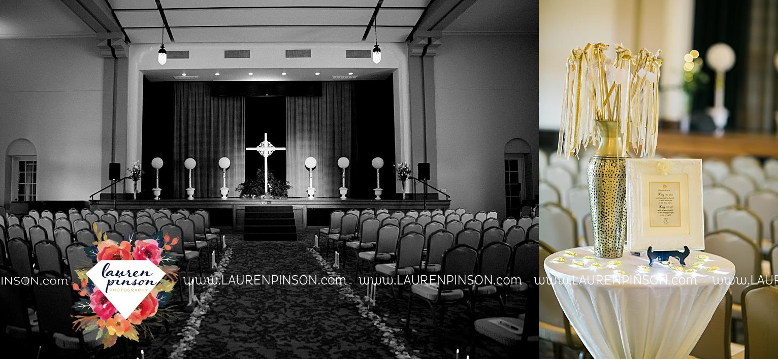 wichita-falls-texas-wedding-photographer-the-forum-by-the-kemp-mayfield-events-ulta-gold-glitter_2854.jpg