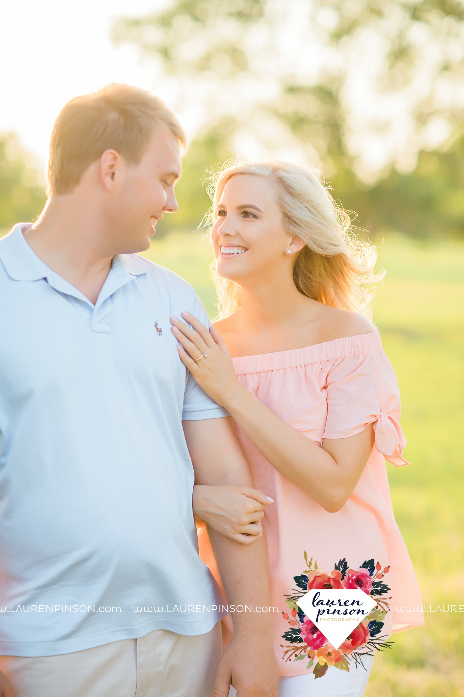 wichita-falls-texas-wedding-photographer-beachy-engagement-session-at-lake-wichita_2891.jpg