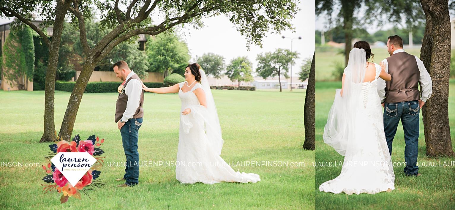 wichita-falls-texas-wedding-photographer-wellington-on-the-lake-with-mayfield-events_2942.jpg