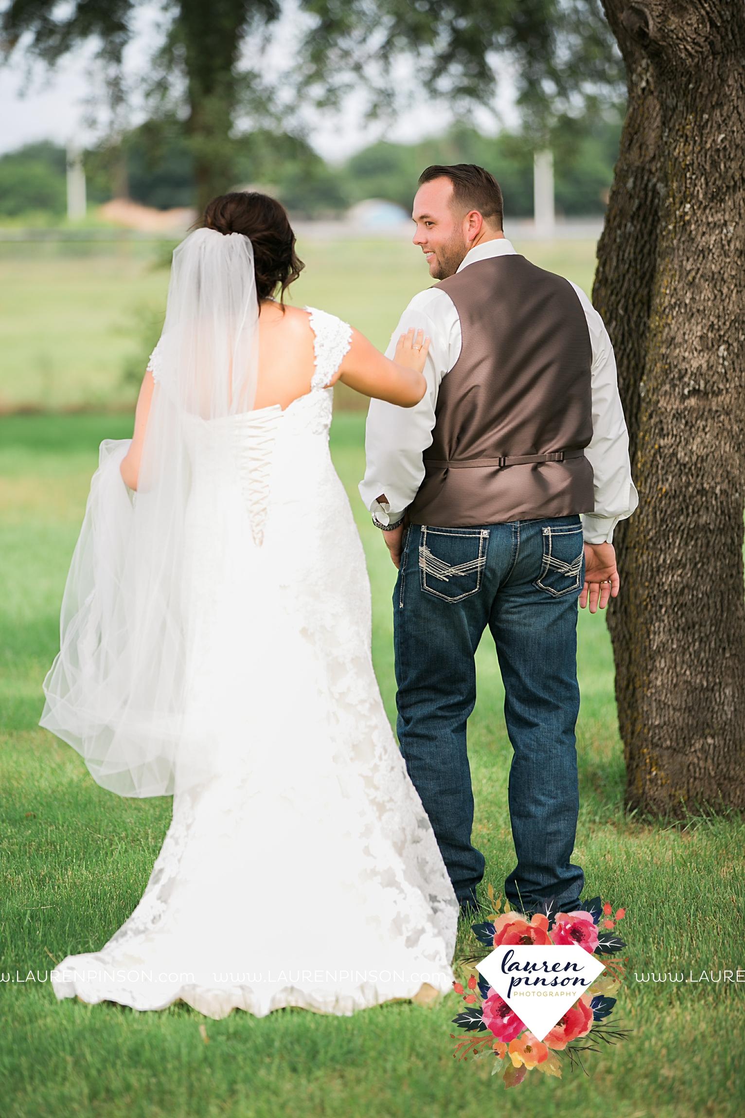 wichita-falls-texas-wedding-photographer-wellington-on-the-lake-with-mayfield-events_2943.jpg