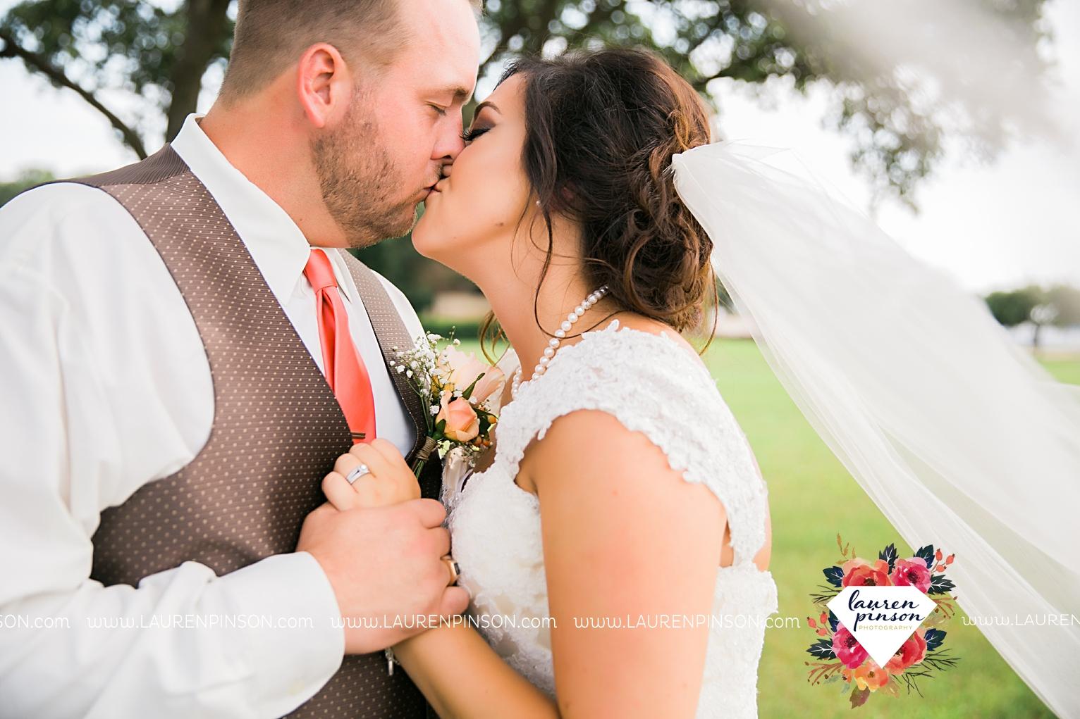 wichita-falls-texas-wedding-photographer-wellington-on-the-lake-with-mayfield-events_2950.jpg