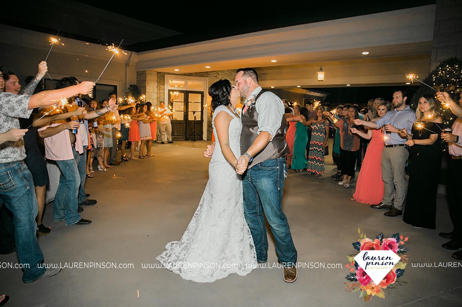 wichita-falls-texas-wedding-photographer-wellington-on-the-lake-with-mayfield-events_2994.jpg
