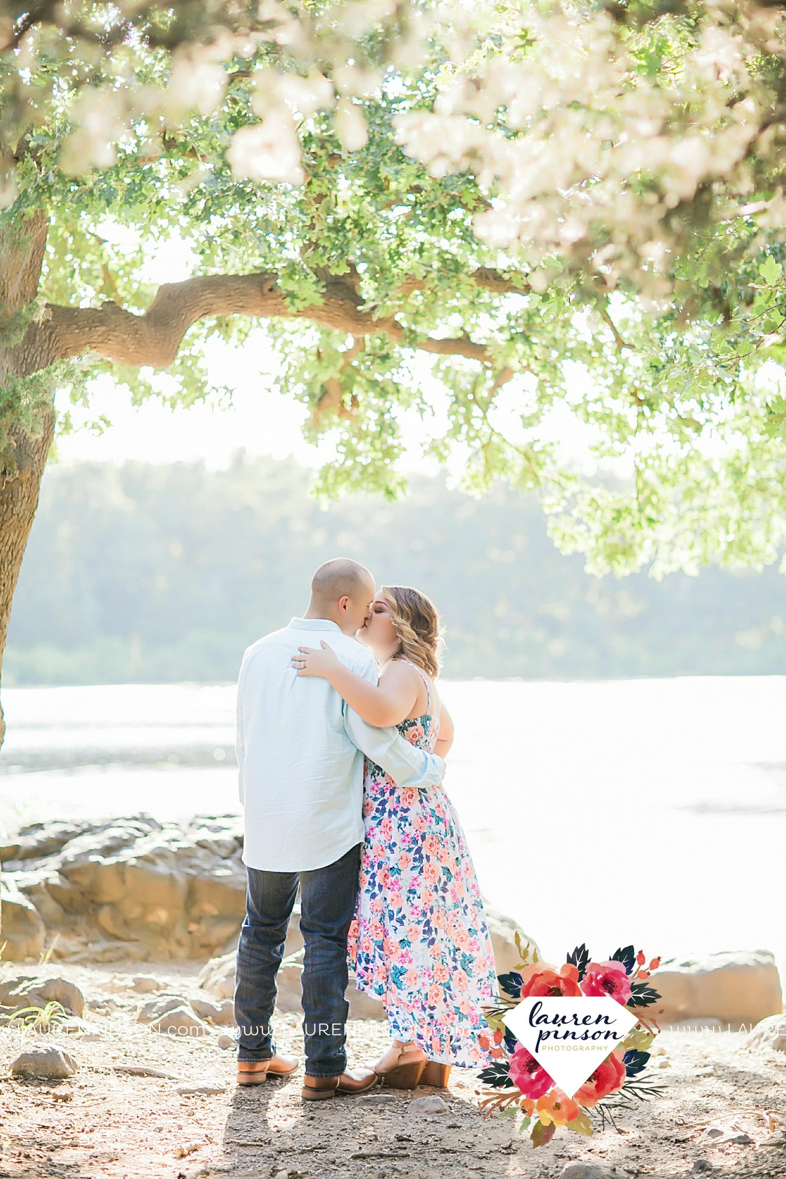 wichita-falls-texas-wedding-photography-engagement-session-army-fort-sill-lawton-oklahoma-wichita-mountains-newlyweds-00001.jpg