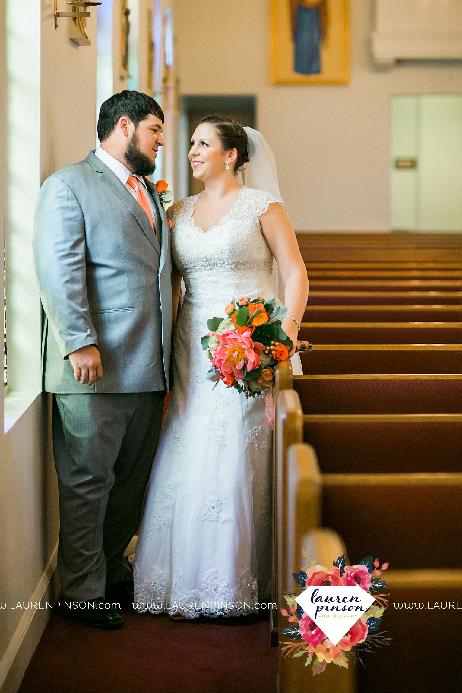 wichita-falls-texas-wedding-photography-seymour-st-marys-catholic-church-wedding-texas-photographer-00022.jpg