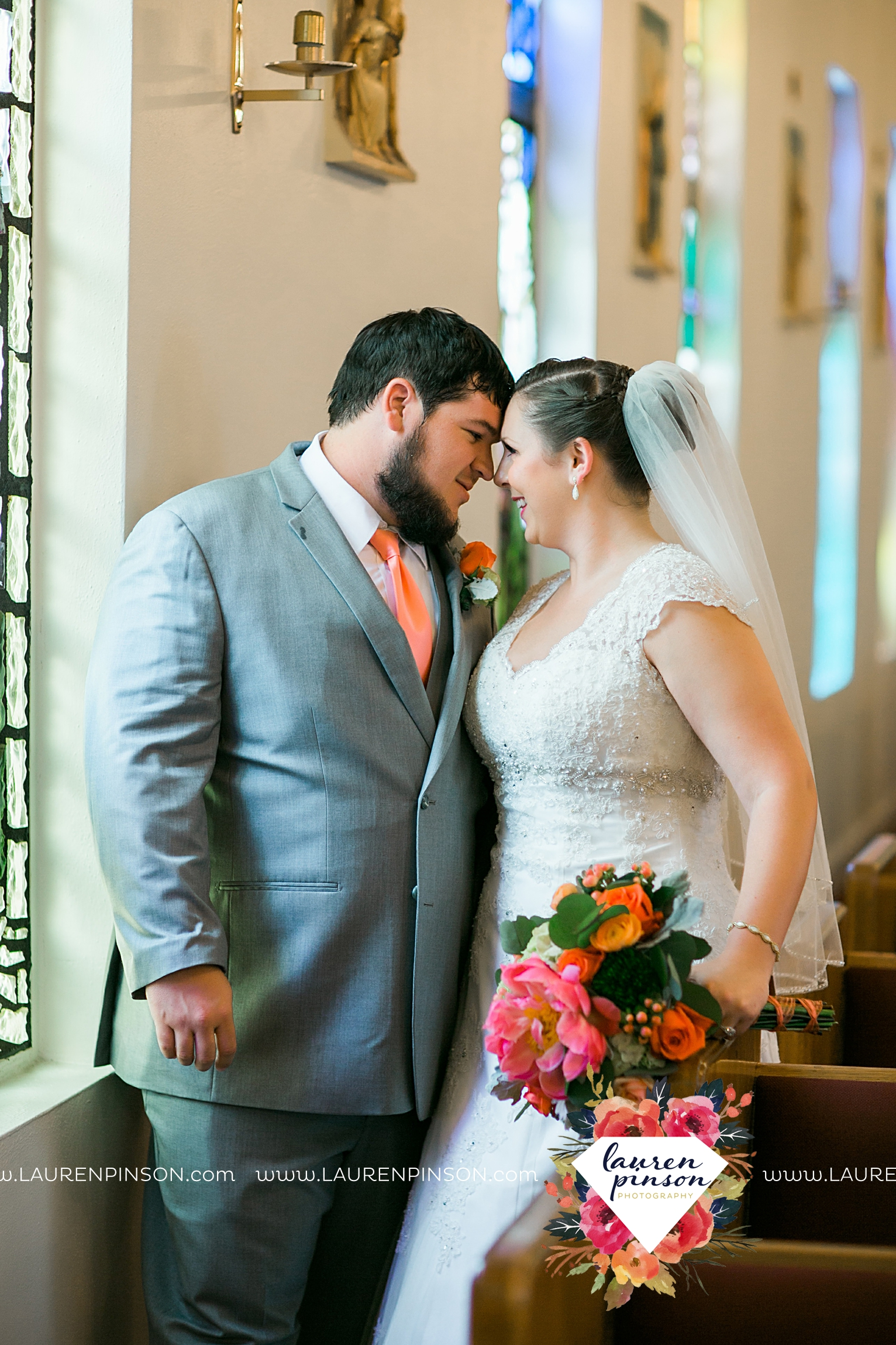 wichita-falls-texas-wedding-photography-seymour-st-marys-catholic-church-wedding-texas-photographer-00023.jpg