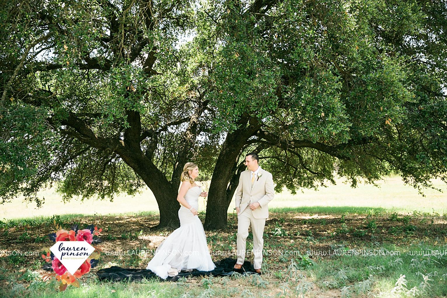 weatherford-texas-hollow-hill-farm-event-wedding-mineral-wells-dfw-wedding-photographer-wichita-falls-photography_3132.jpg